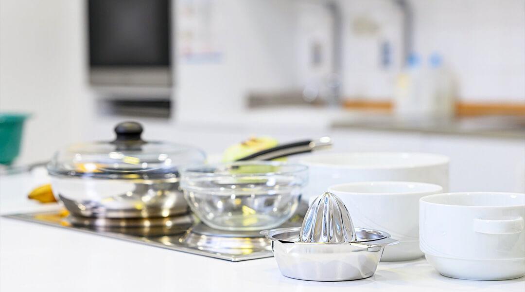 Kochgeschirr in der Ernährungsberatung der Marcus Klinik