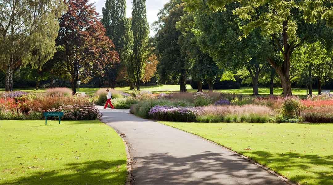 Freizeit im Piet Oudolf Garten im Gräflichen Park