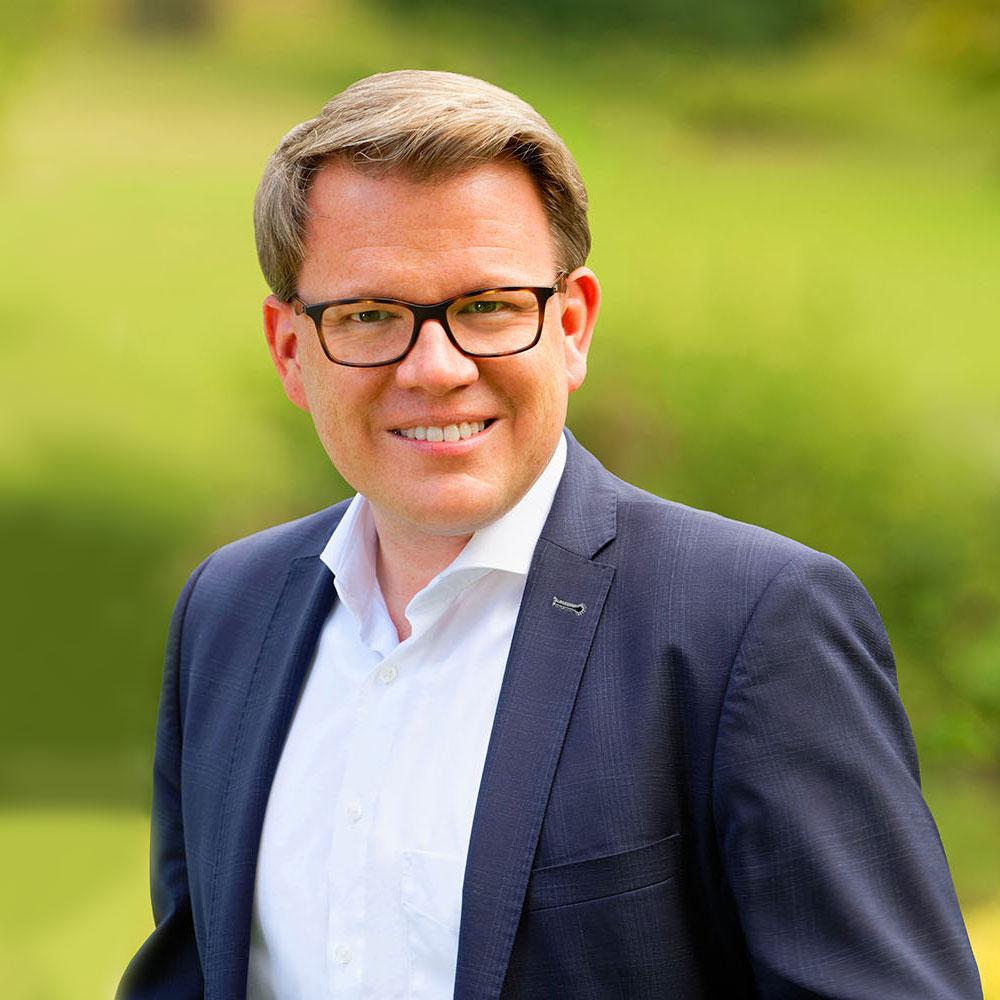 Markus Quintus Chief Operating Officer (COO) – Kaufmännische Leitung Gräfliche Kliniken Bad Driburg